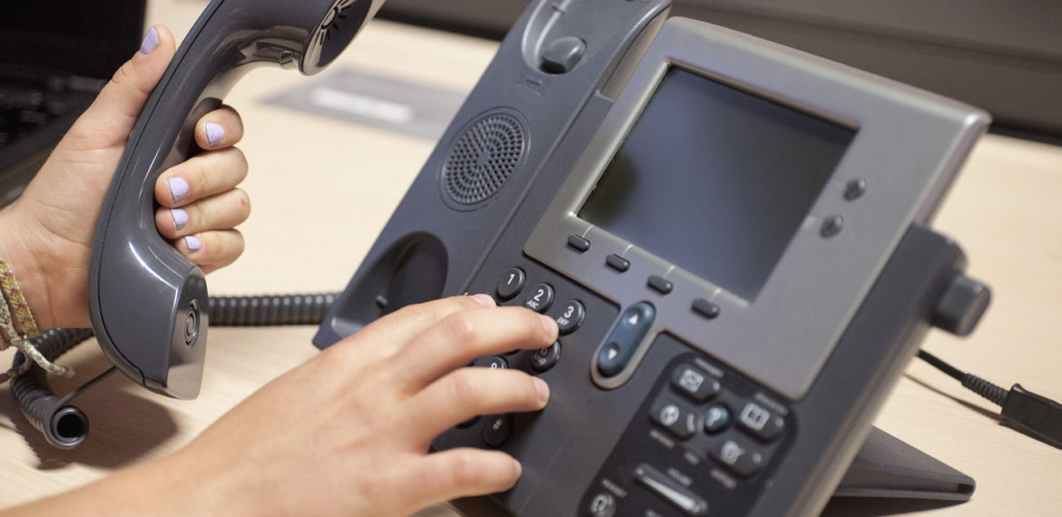 6 simple steps to the perfect voicemail greeting