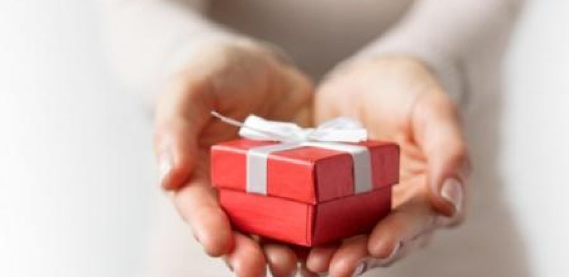 10 Communication Gifts You Should Give This Holiday Season